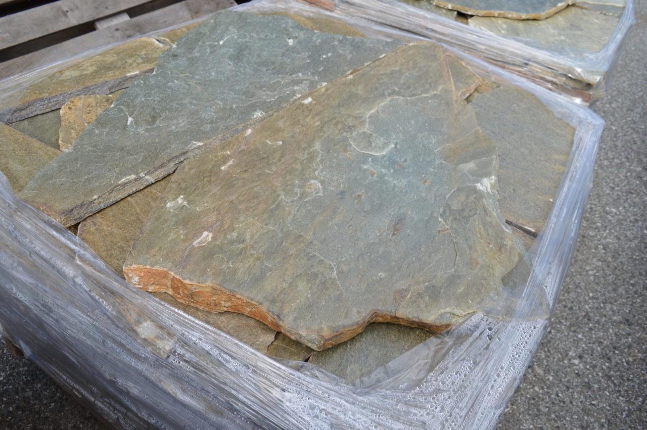 Πέτρα Αρχαγγέλου - stone arxaggelou